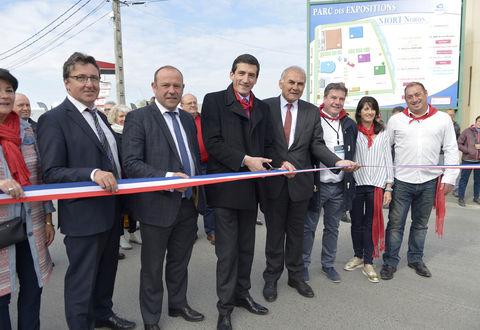 Inauguration de NiortExpo en présence de Jérôme Baloge maire de Niort © Darri