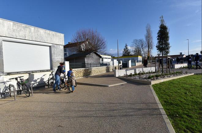 Un nouveau parvis pour l'école de la Mirandelle