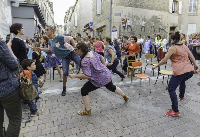 Danse : Panique au dancing... et dans l'espace public