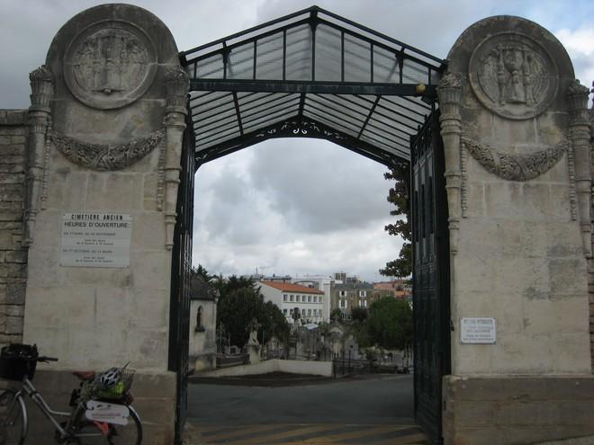 Visite guidée : le cimetière le plus ancien de Niort - Annulé -