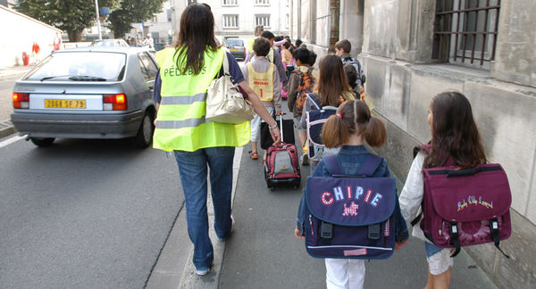 Ligne Pédibus, 2007, école Michelet. crédit : Bruno Derbord