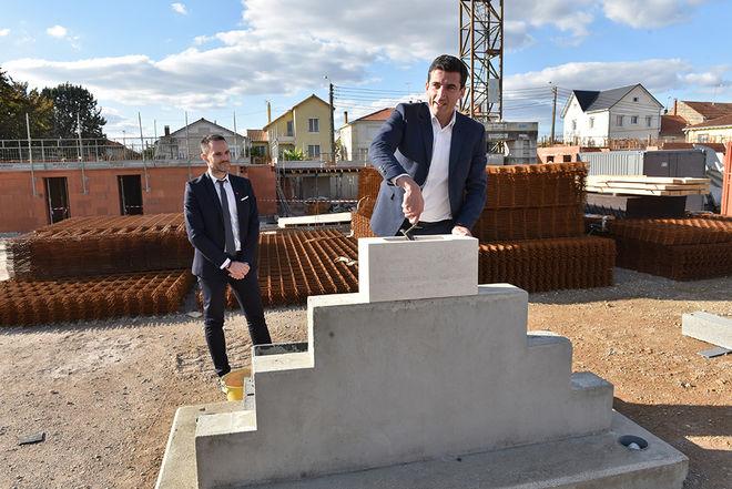 Pose de la première pierre de la résidence Les Terresses de Champommier le 6 octobre 2017 par Jérôme Baloge, Maire de Niort ©BDerbord