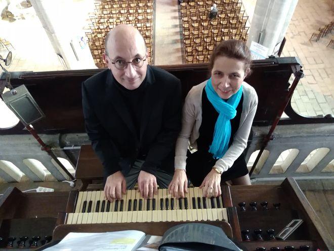 Concert orgue à 4 mains et 4 pieds retransmis sur grand écran