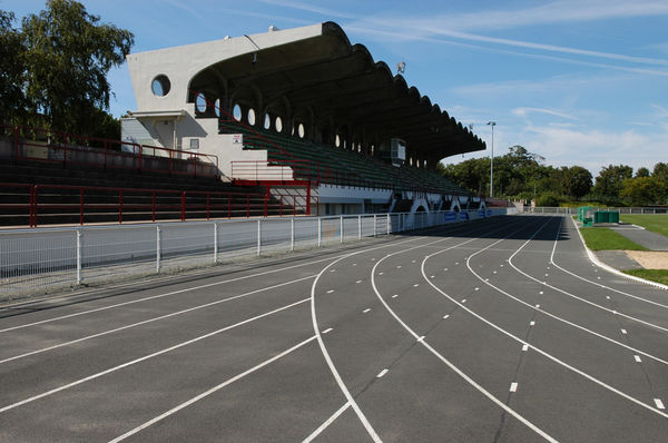 Tribunes du stade Espinassou à Niort