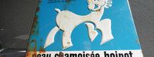 Exposition Ganterie et chamoiserie, musée Bernard d'Agesci, plaque émaillée publicitaire