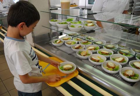 Illustration article : Les menus des restaurants scolaires