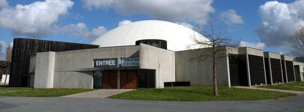 Photo du dôme du parc des expositions de Niort
