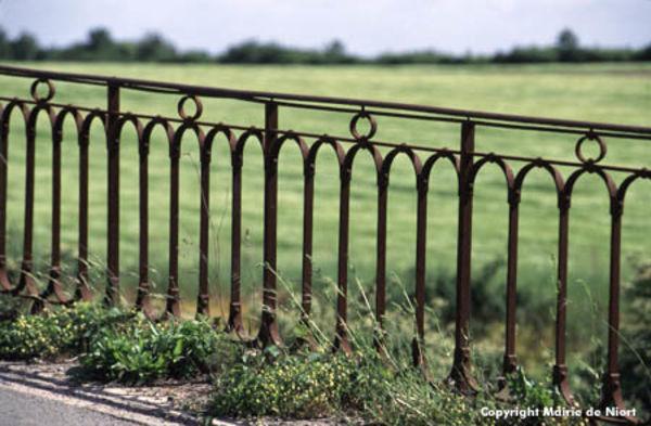 Barrière sur le parcours des Fontenelles