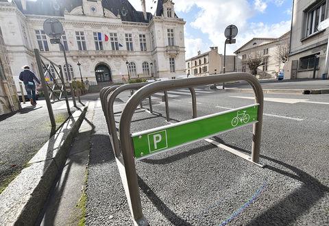 Illustration article : Ma ville à vélo : du bref en pédalant