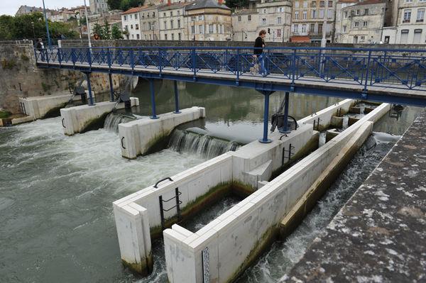 Passe à bassins successifs des clapets des Vieux-Ponts - Photo Bruno Derbord