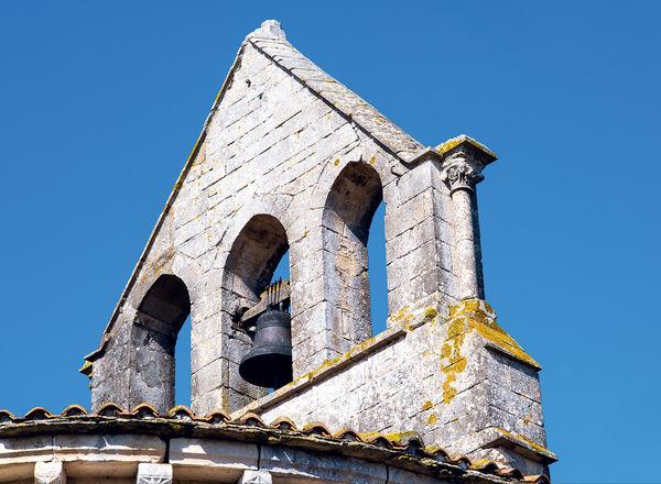 clocher de l'église de St Martin de Bernegoue © R. Faucher
