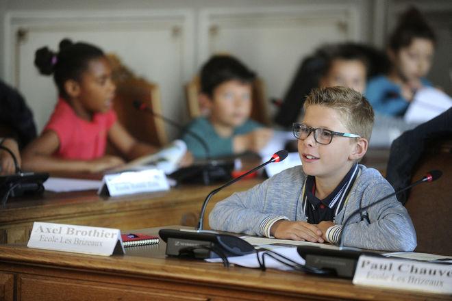 1er bilan des conseillers municipaux enfants élus en 2016 ©CBernard