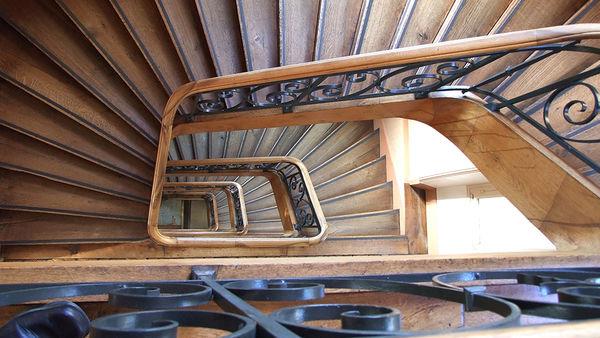 Escalier dans l'Hôtel de Ville ©BDerbord