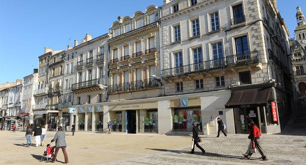 Rue Victor-Hugo - Photo Bruno Derbord