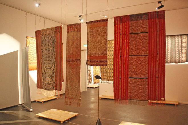 Expo: Ikats, tissus de vie - Un voyage de l'Orient à l'Occident