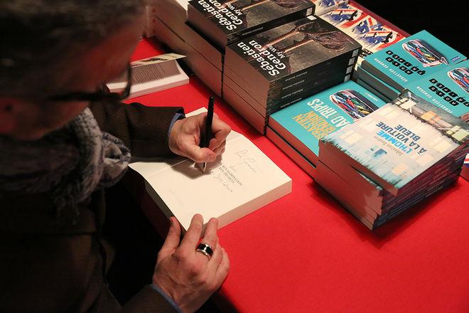 Les auteurs en signature - Festival du polar Regards Noirs