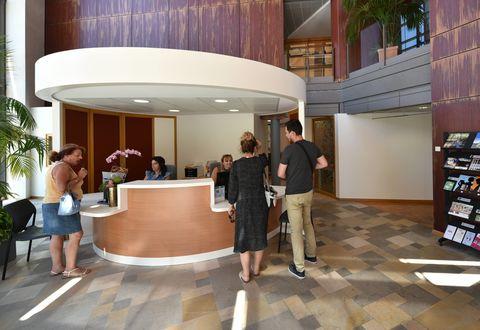 Illustration article : Un nouveau hall d'accueil à l'Hôtel administratif