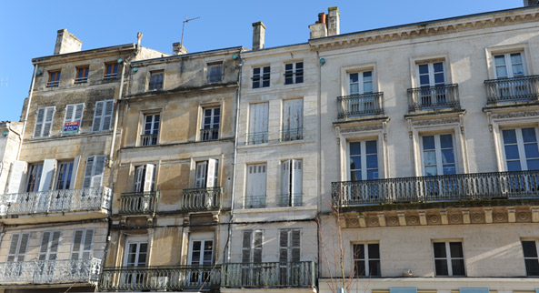 Façades du centre ancien - Photo Bruno Derbord