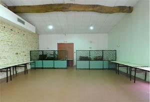 Salle de la place du port