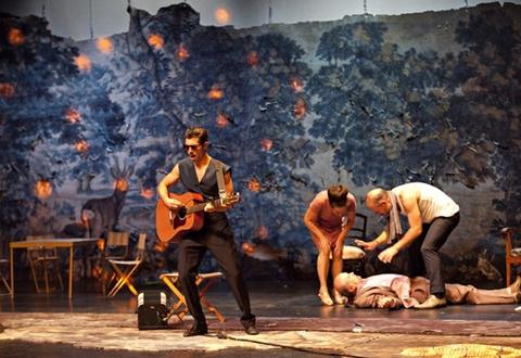 Théâtre. Platonov par la compagnie Les Possédés