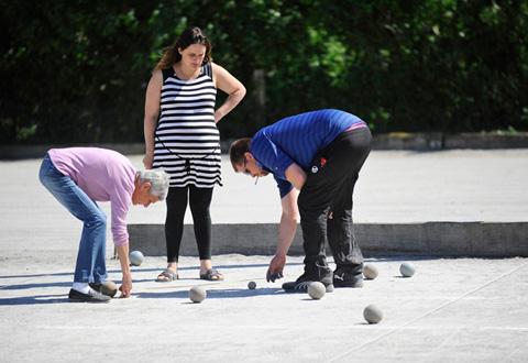 Concours de boules en bois