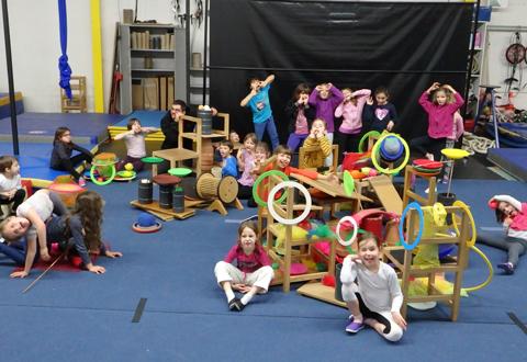 Stages d'initiation aux arts du cirque